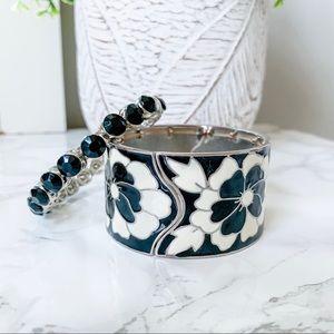 ✨ 3/$12 Black & White bracelet set
